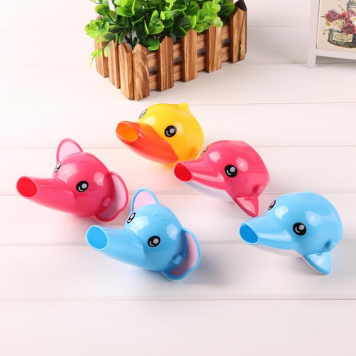 Guiding Gutter Faucet Extender for Baby Bathroom Use in Cartoon Animals Shape - FOR MY LITTLE ANGELS