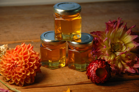 Mini Raw Honey Favors - Moon.Flower.Child