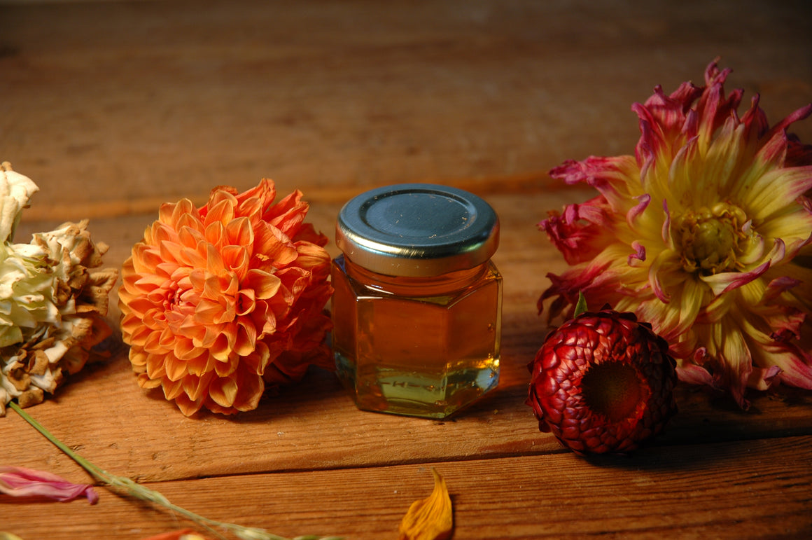 2.2oz Mini Raw Honey Favors - Moon.Flower.Child