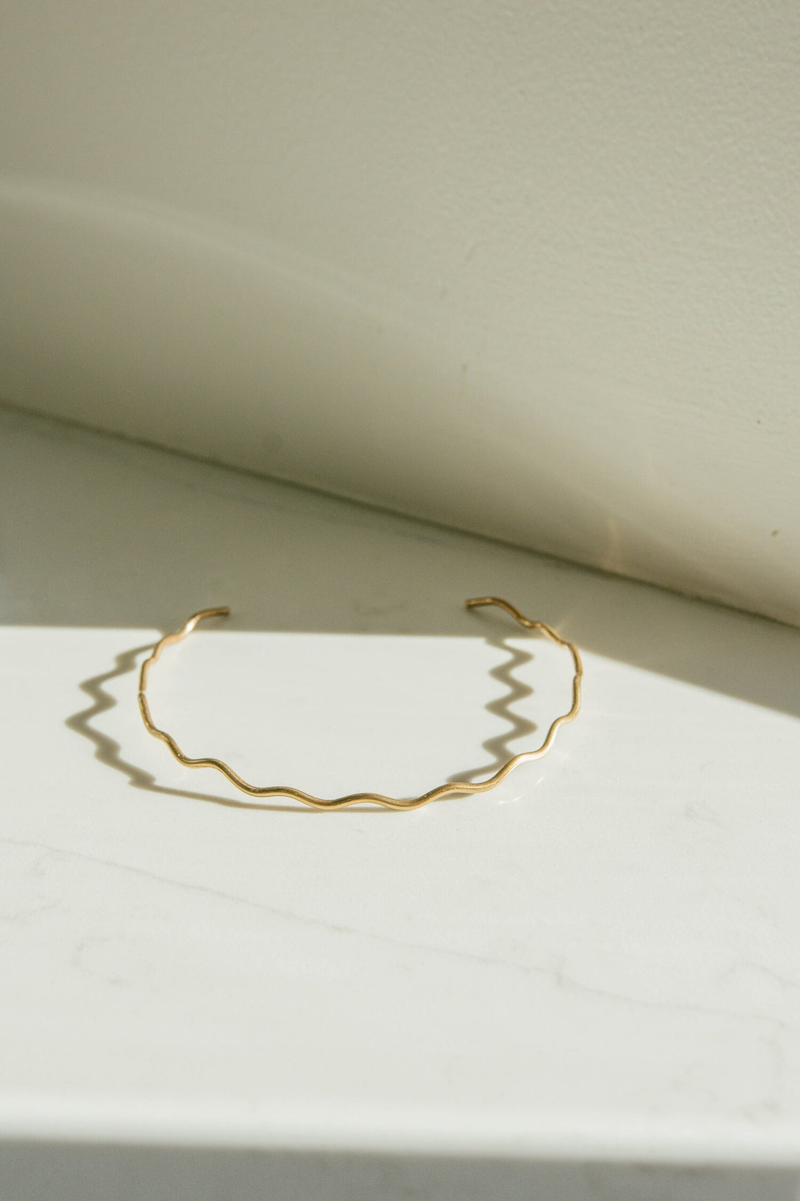 Horizon Neck Cuff