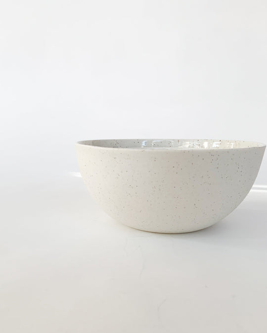 Small Serving Bowl in Speckle