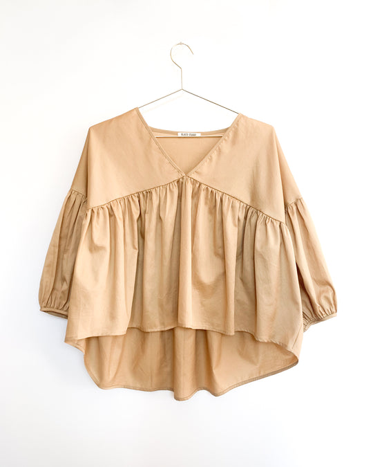 Puff Top in Tan