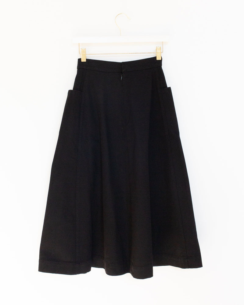 Pocket Skirt in Black
