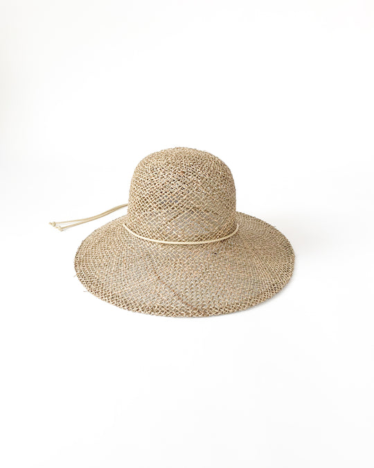 Koh Hat in Seagrass w/ Drawstring