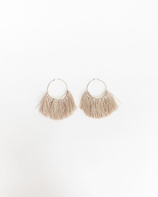 Ridge Fringe Hoop Earrings in Raw Flax