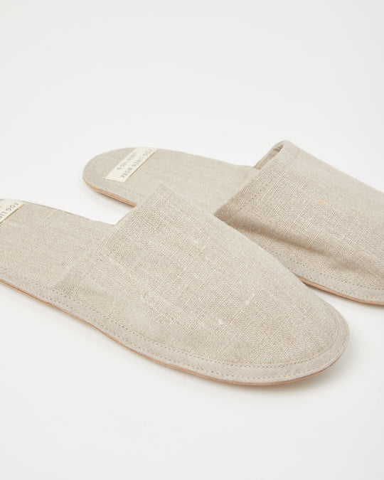Linen Slippers in Natural