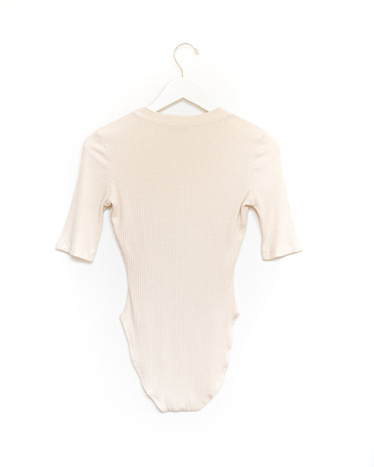 T-shirt Bodysuit in Champagne