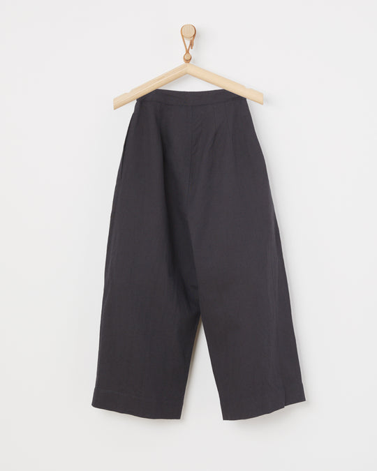 Pleated Trouser in Black