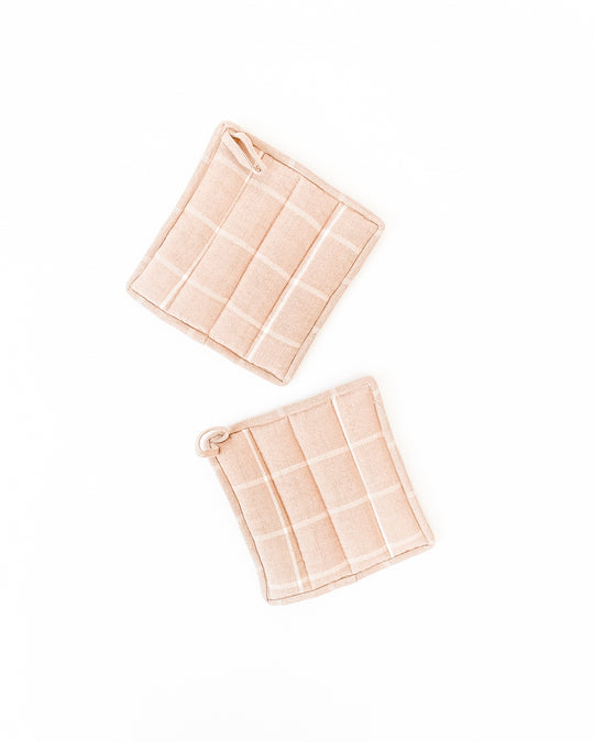 Grid Potholder in Peach