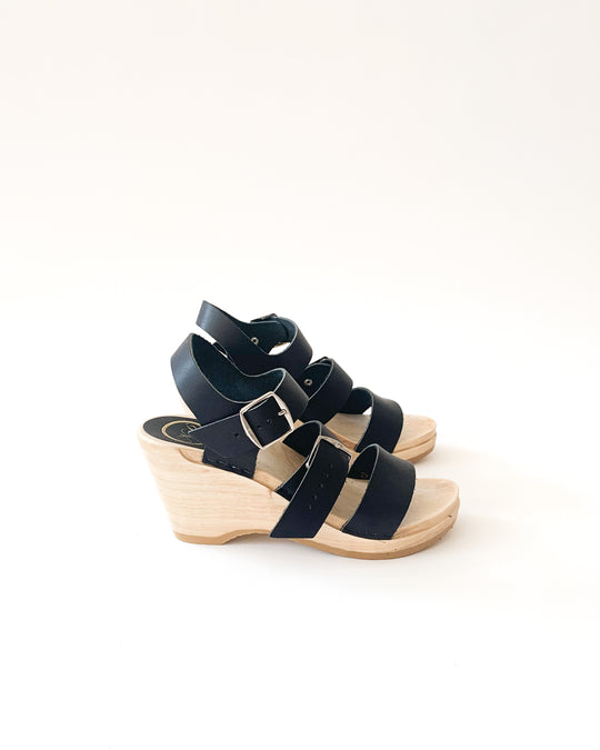 Rosalia Wedge Clog in Coal