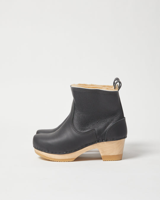 Shearling Clog Boot in Ink Aviator Mid