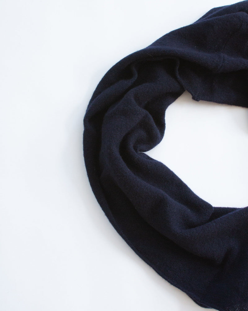 Achill Scarf in Navy