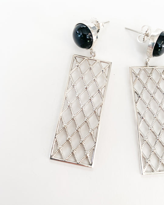 Netted Panels in Silver and Onyx