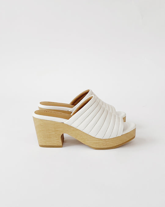 Ribbed Open Toe Clog in Off White