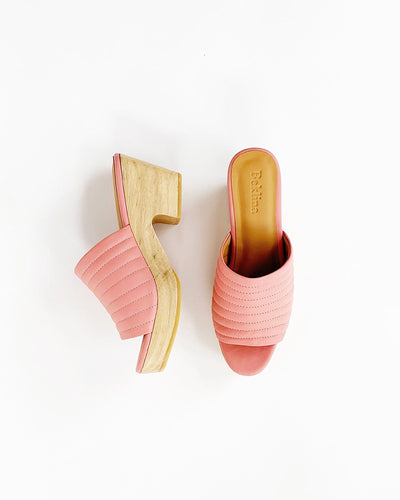 Ribbed Open Toe Clog in Blush