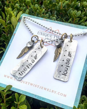 Unique Twist Jewelry - Thelma And Louise Necklace Set