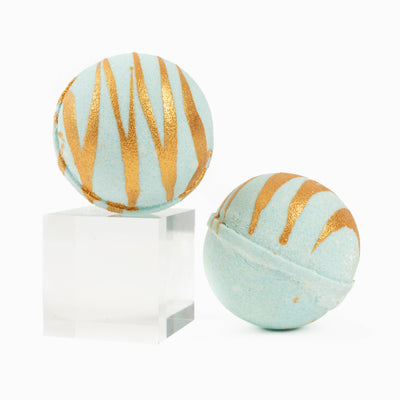 Aquamarine by Cait + Co - *NEW* Merry and Bright Christmas Bath Bomb