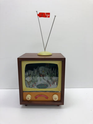 Animated Tv with Christmas scene
