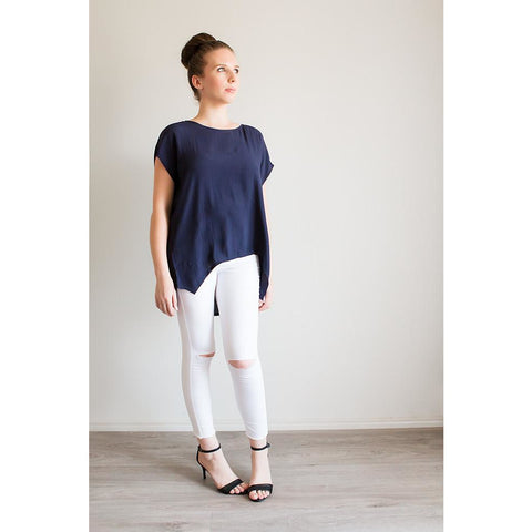 Everyday Scoop Top - Navy