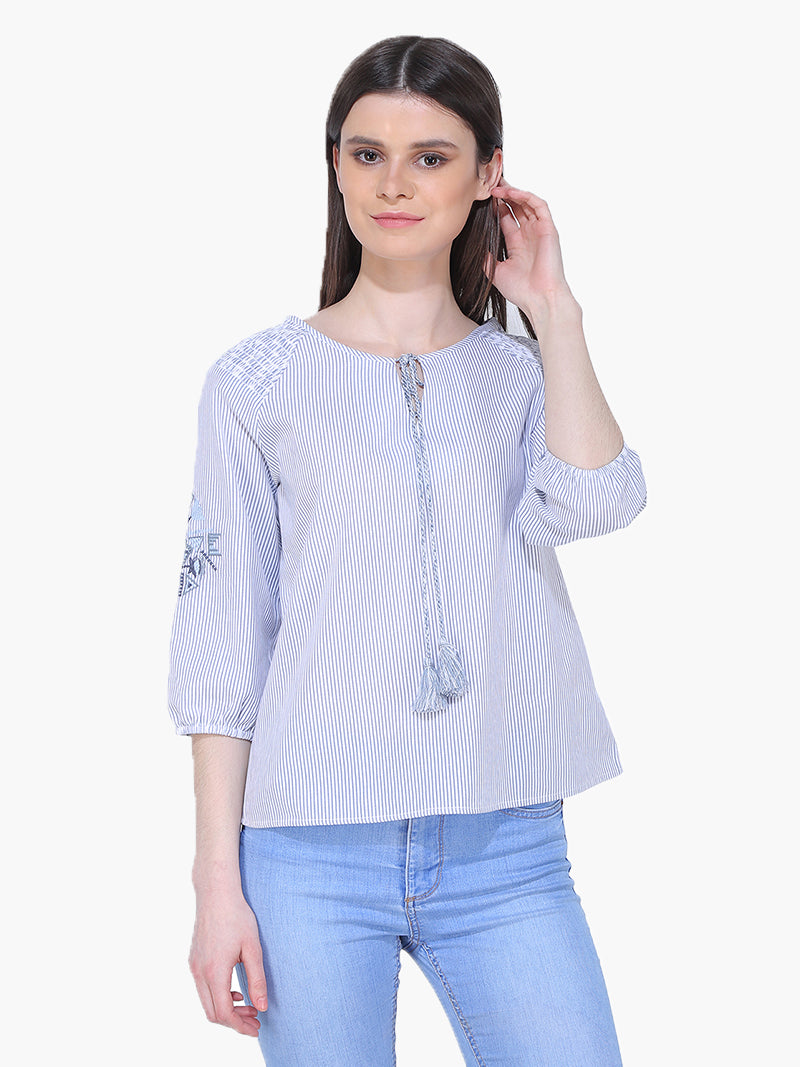 Cotton Blue and White Embroider Woman Top - MissGudi