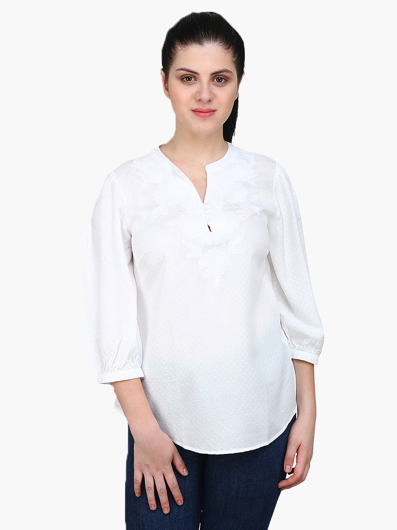 White Embroidered Dobby Woman Top - MissGudi