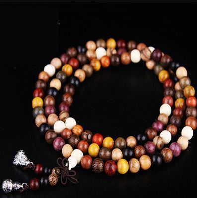 collier-ou-bracelet-mala-en-bois-de-santal-chance-et-protection