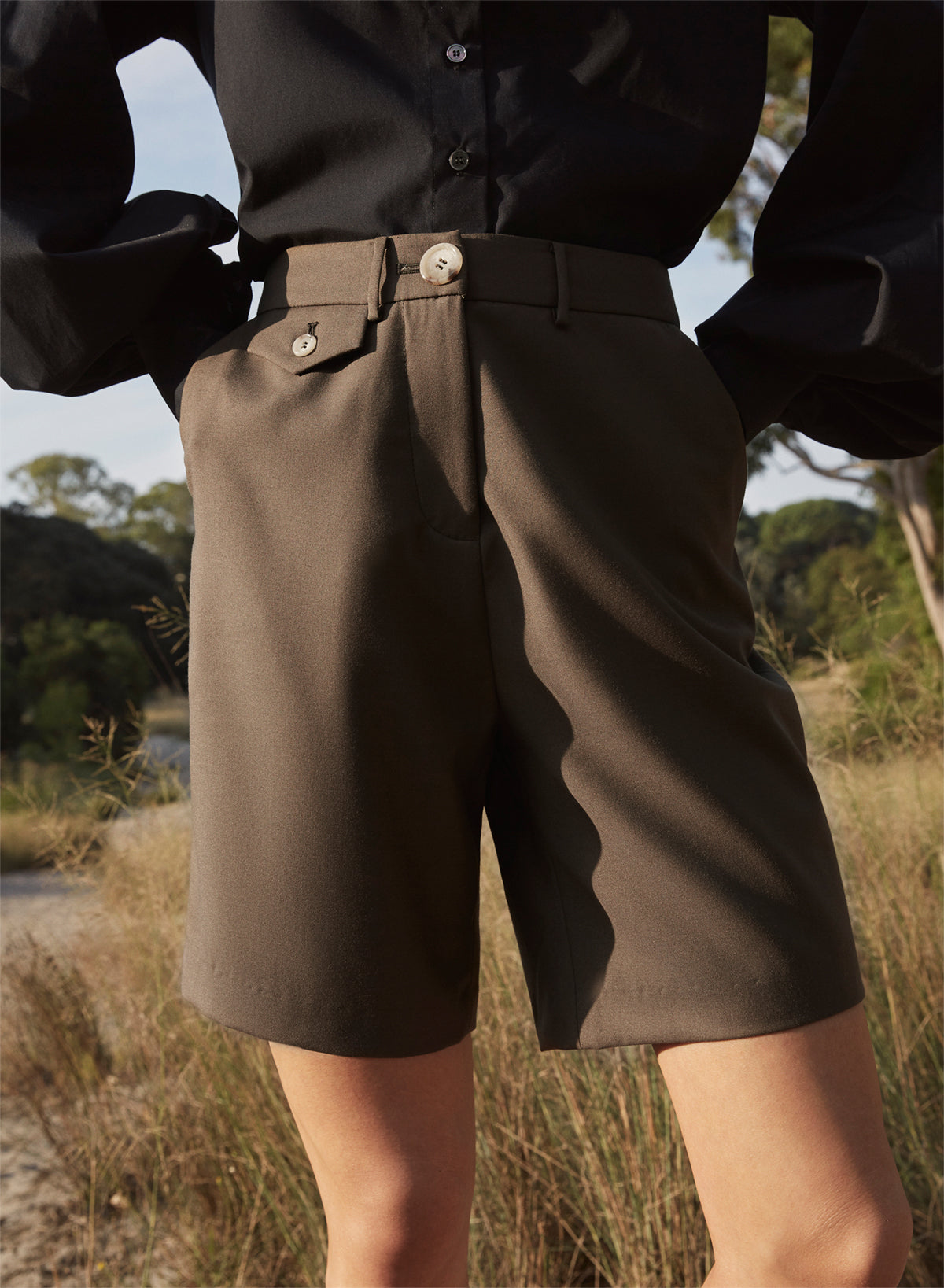 PATSY short (OLIVE GREEN)