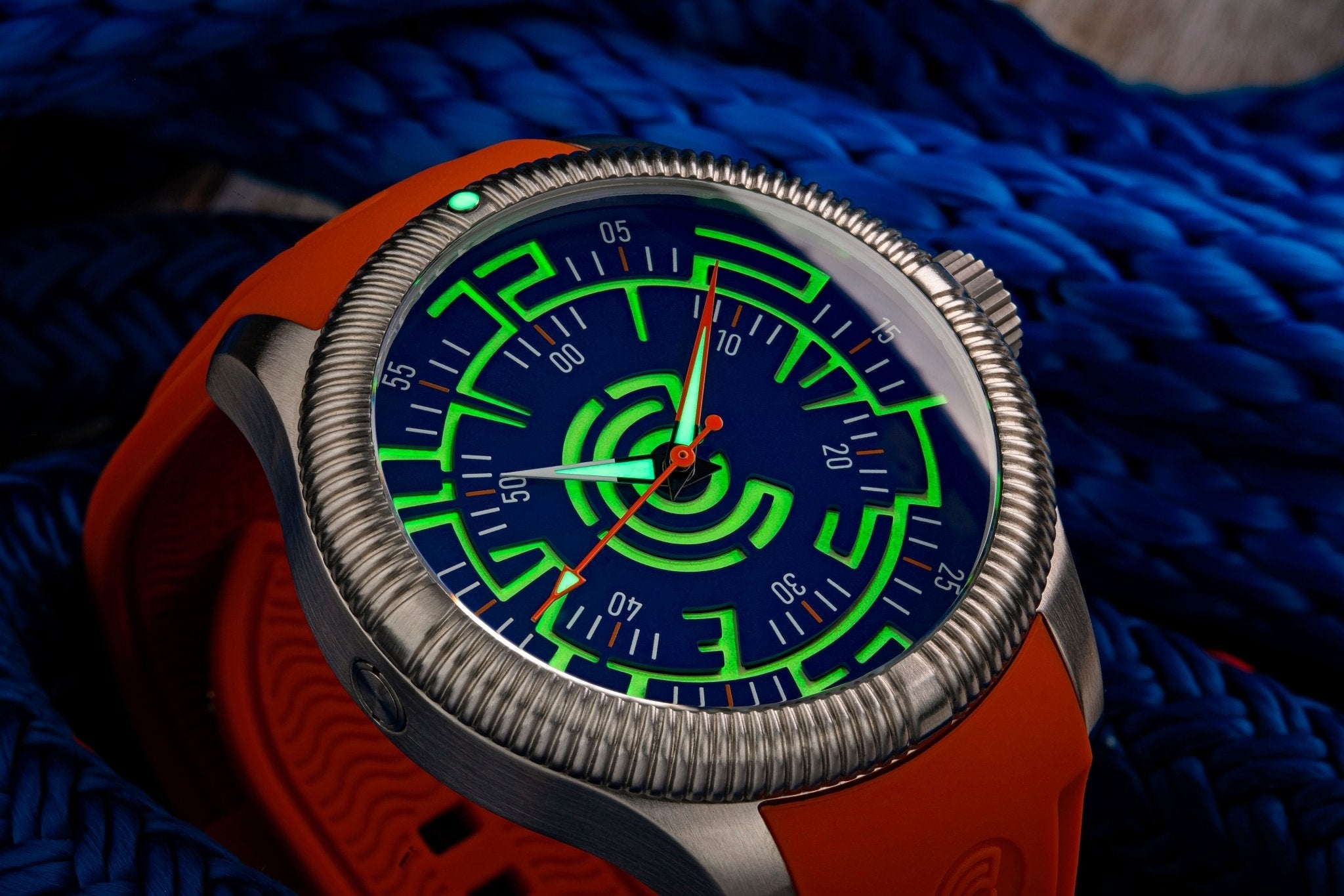 Lume Rush Diver v2 - Blue - Ocean Crawler Watch Co.