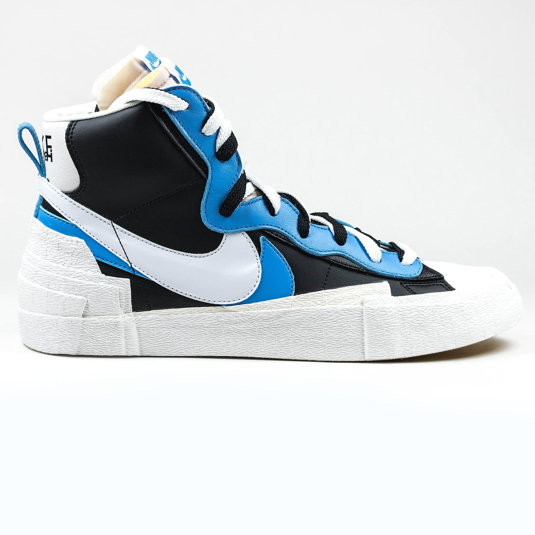 Nike x Sacai Blazer High White Black Legend Blue Sneaker