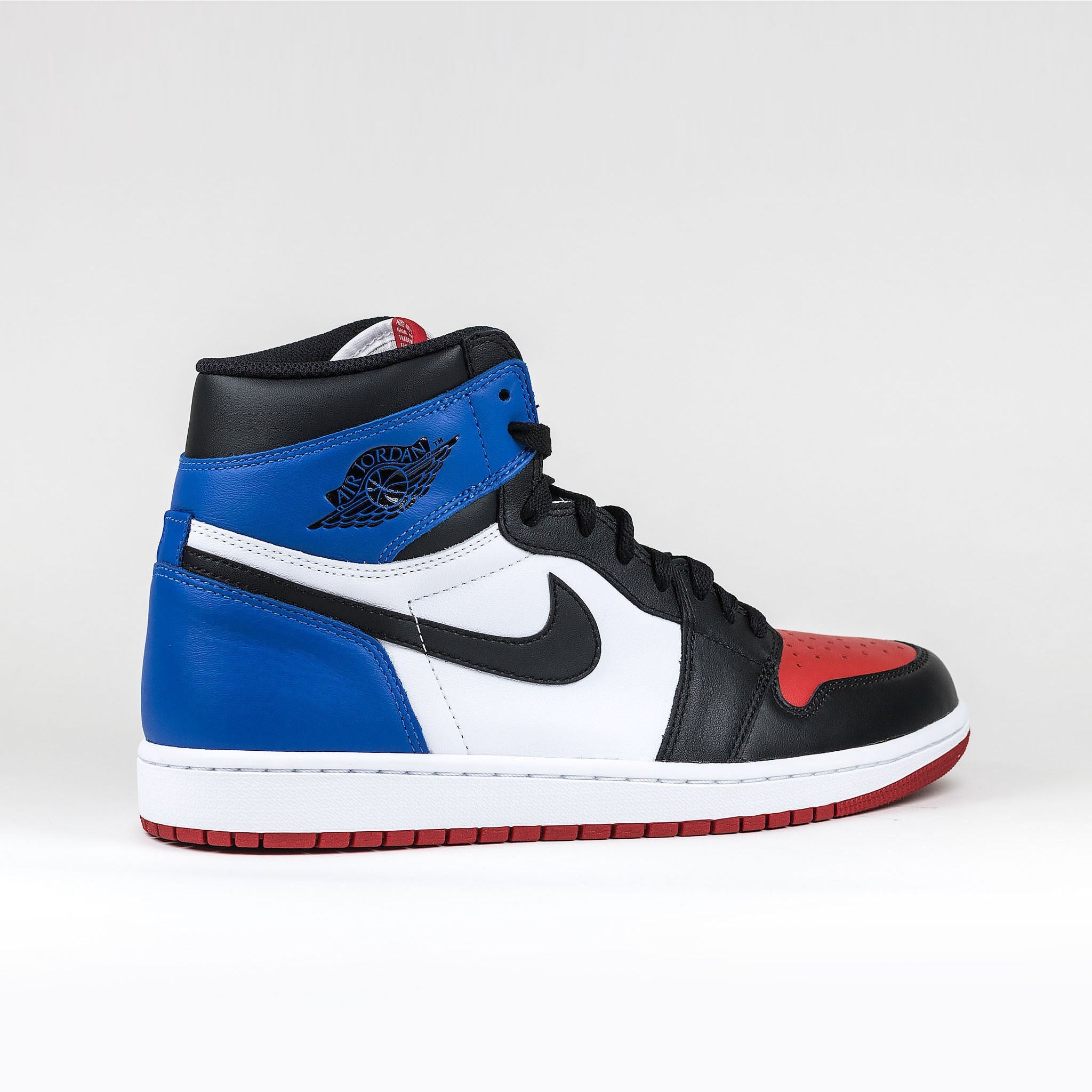 5a99d25d1069 Nike Air Jordan 1 Retro Top 3 Sneaker – Crepslocker