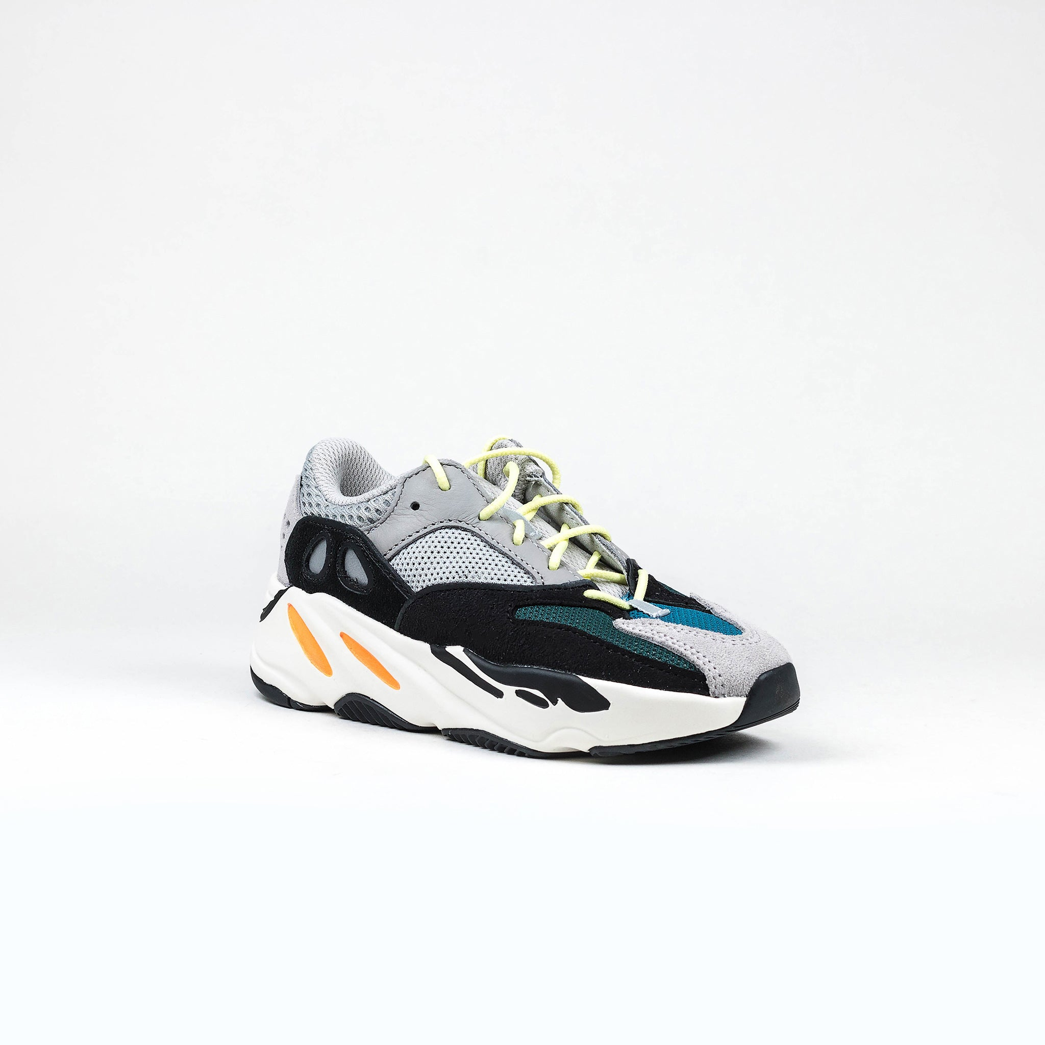 best service 713f8 70910 Yeezy Boost 700 Wave Runner Kids