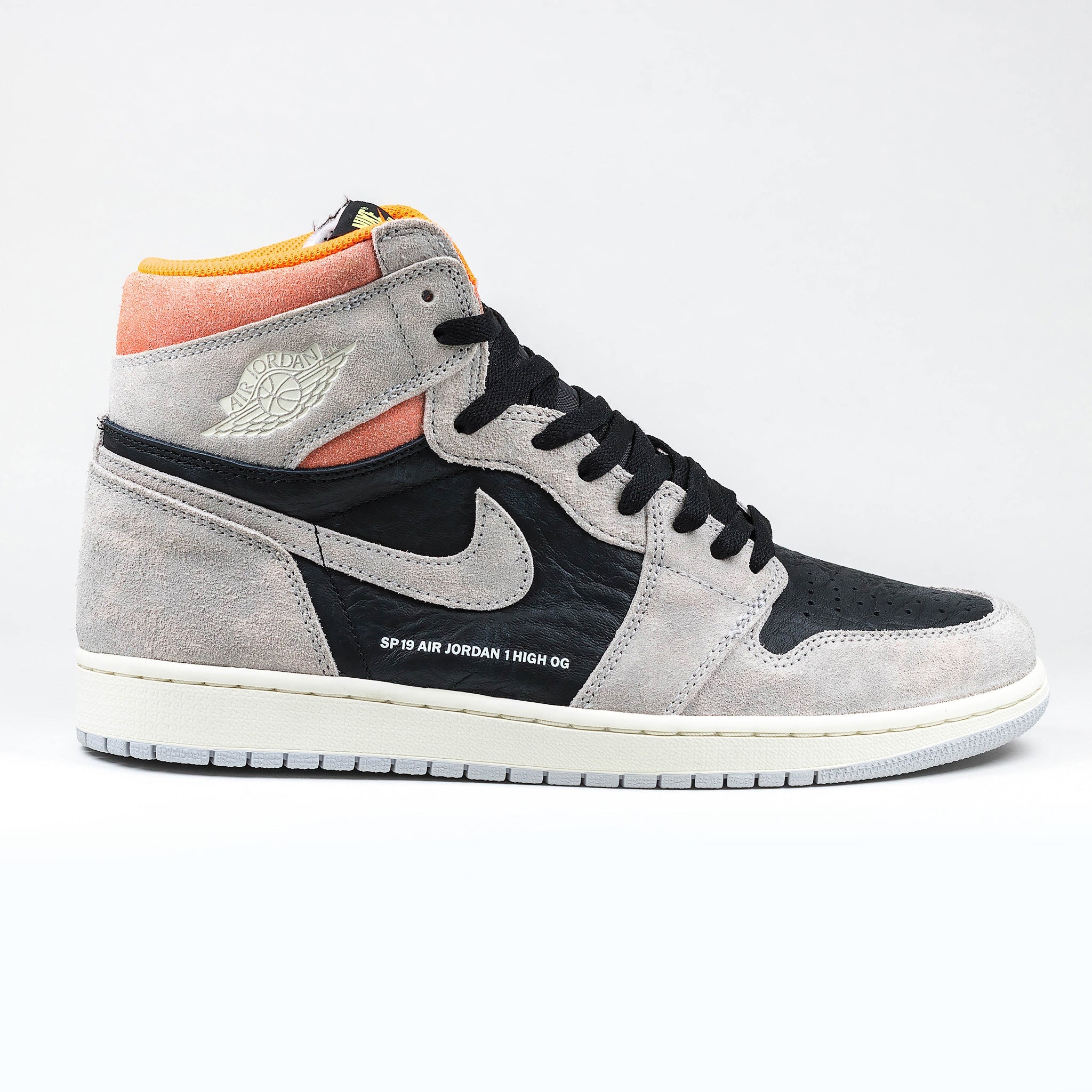 promo code afd2a 84673 Nike Air Jordan 1 Retro High Neutral Grey Hyper Crimson