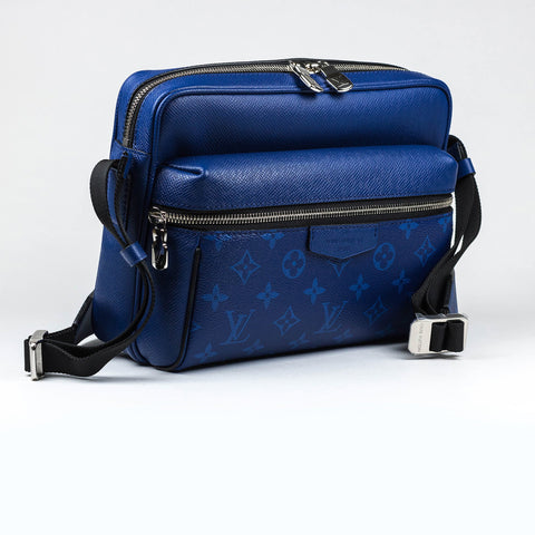 Louis Vuitton Monogram Taiga Outdoor Messenger Bag PM