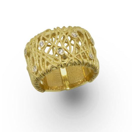 Wire Ring Design in Yellow Gold and Diamonds
