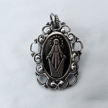 Arabesque Oval Miraculous Medal Pendant