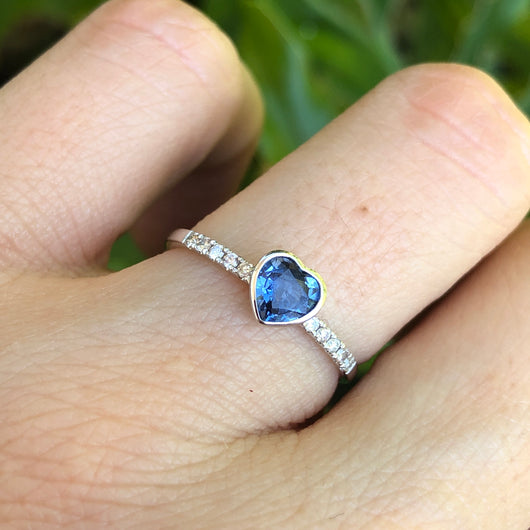Sapphire Heart Ring White Gold