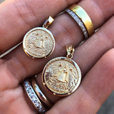 Caridad del Cobre Medal in Yellow Gold Small