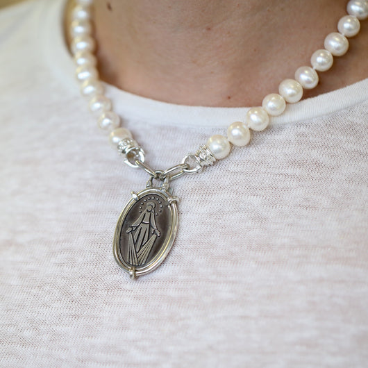Oval Miraculous Virgen Medal Pendant