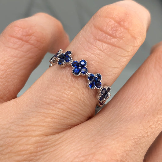Clover Sapphire Ring