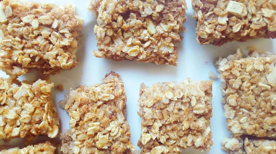 Apple Pie Flapjack Bites