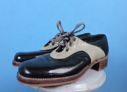 VINTAGE 1970'S TWO TONE PATENT LEATHER PLATFORM SHOES