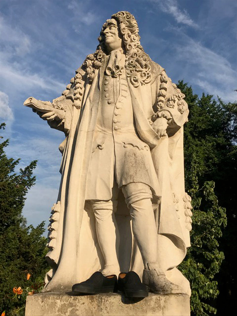 Sir Hans Sloane in Tracey Neuls
