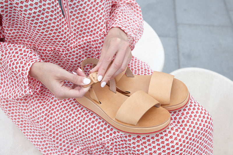 Tracey Neuls SS18 Collection natural leather sandals