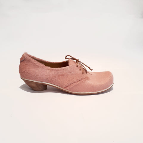 DENIS Rose | Pony Mid Heel Shoe | Tracey Neuls