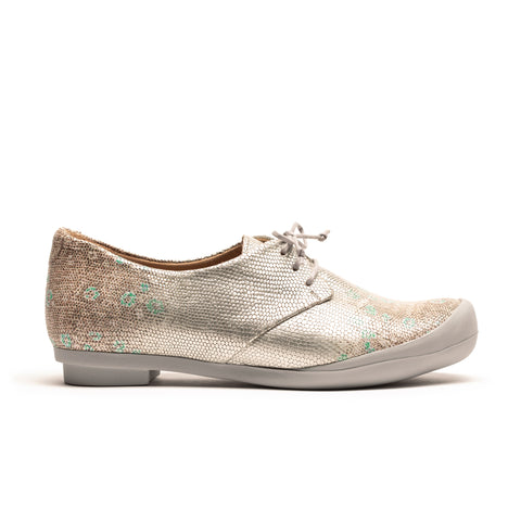 GEEK Apple Orchard Women's Silver Leather Sneakers | Tracey Neuls