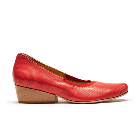 IZZY Red Leather Block Heel Pumps by Tracey Neuls