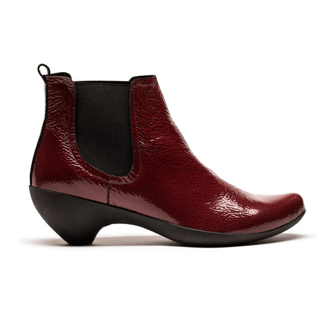 MOLLY_Ribena Red Patent Leather_Mid Heel Chelsea Boot