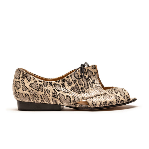 PERRY Alligator | Leather Flat Shoe | Tracey Neuls