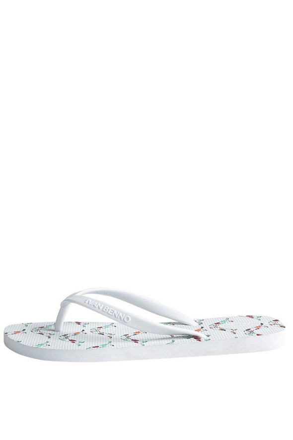 WHITE CUTE BEACH FLIP FLOP