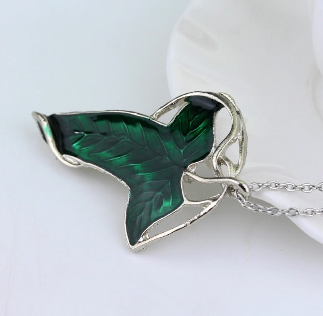 Leaf LOTR broach Pendant - TrippyKitty